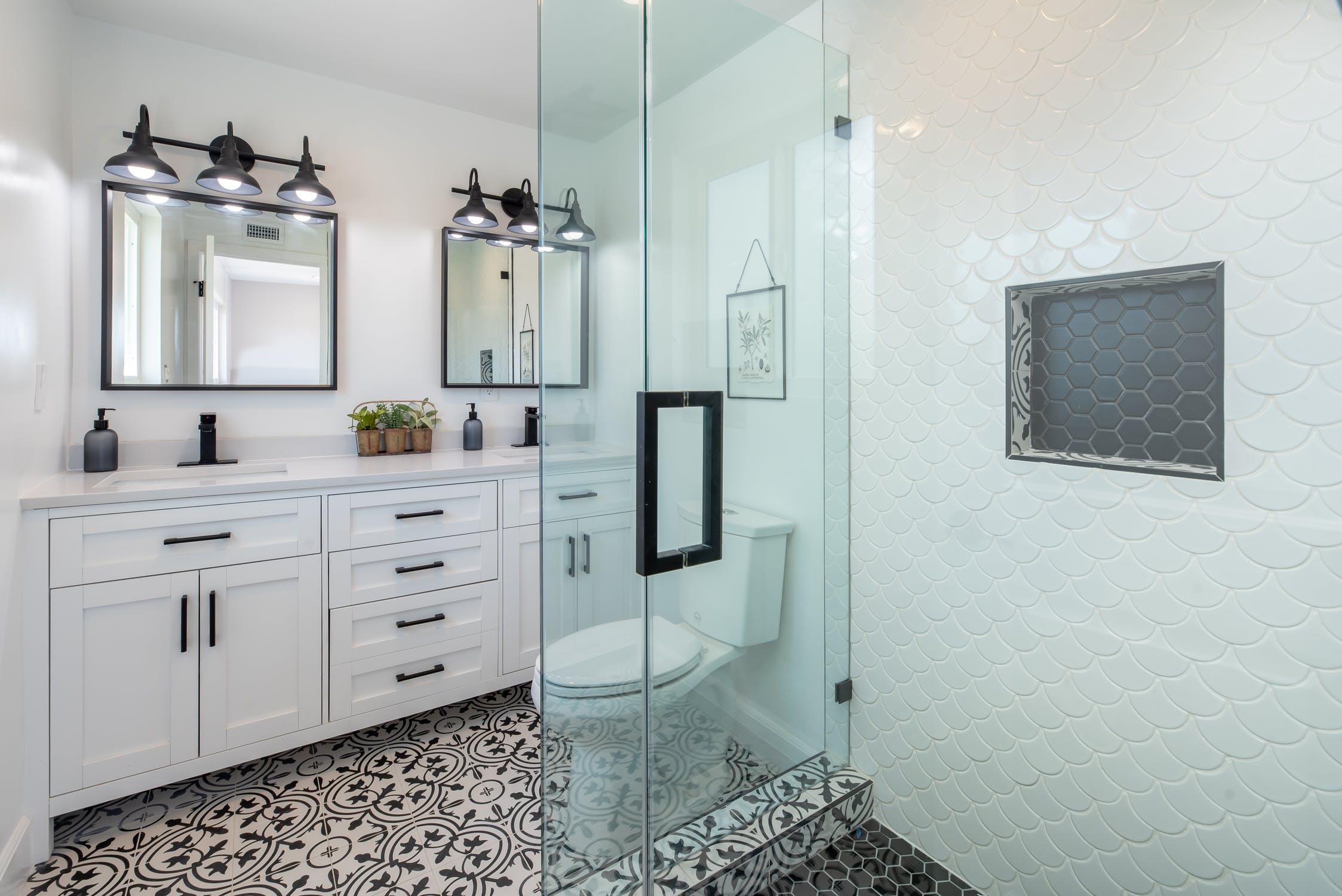 Bathroom Water Damage Restoration Company Long Beach CA