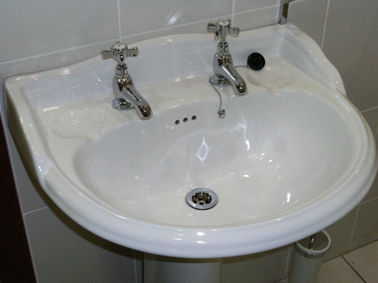 Bathroom Mold Dampness Mold Remediation Company Long Beach CA